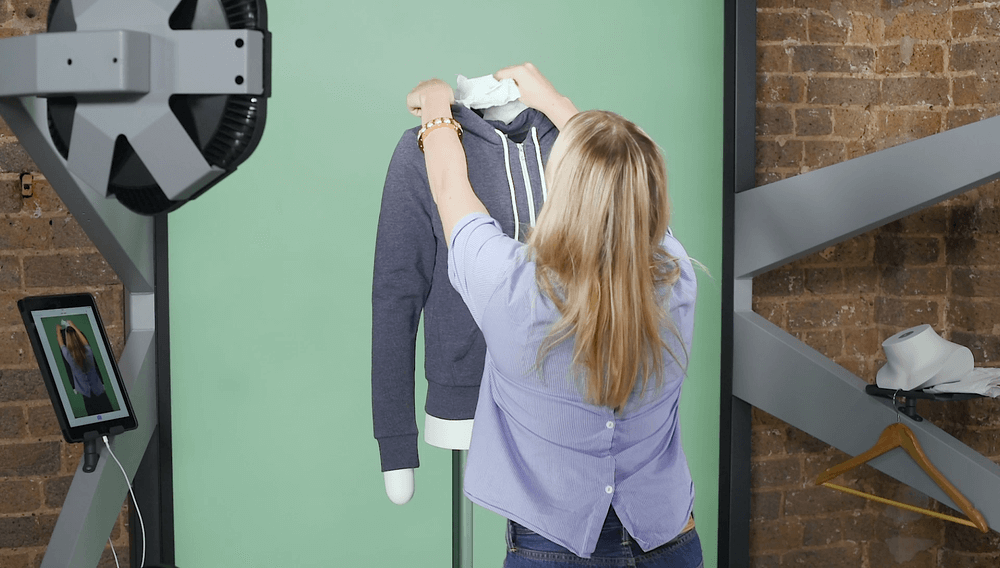 hoodie-on-a-ghost-mannequin-4.png