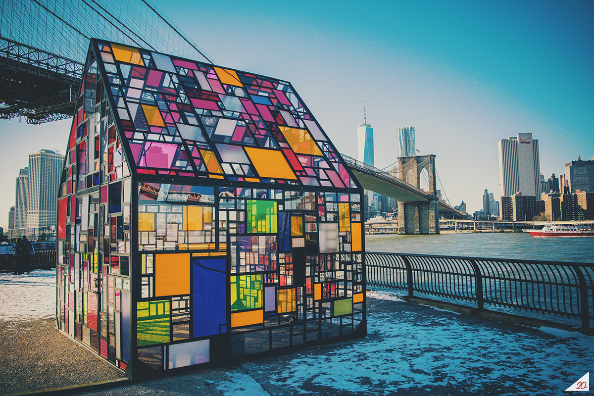 One of my favourite photos from my first trip to New York City in 2015. It was like -35 degrees that day and I had the bright idea of walking from upper Manhattan to Brooklyn, stopping periodically along the way to snap photos and warm up in more than a few Starbucks. Worth it. The next day we visited Pentagram and Sterling Brands — it felt like I was walking on holy ground at both studios (what designer wouldn't when you're literally standing in Paula Scher and Michael Beirut's offices).