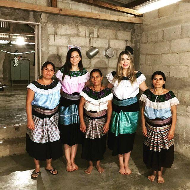 indígenas mexicanas, hecho en méxico, moda sostenible, hecho a mano, comunidades de México, mujer