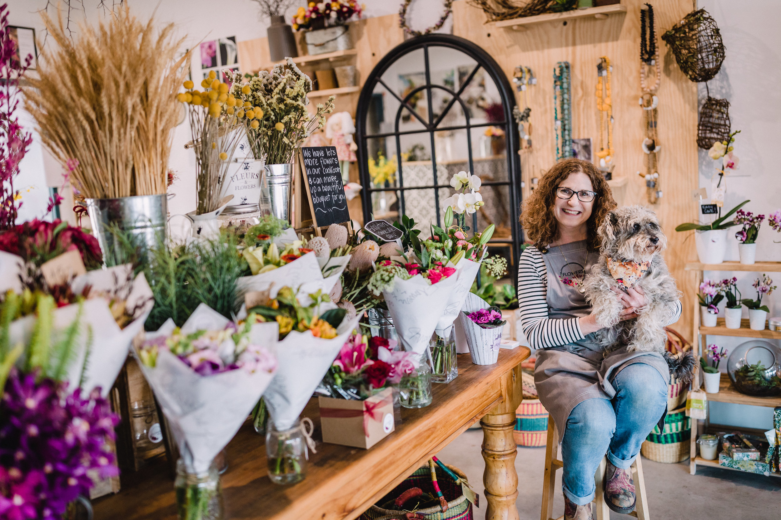 Picture of Lisa Walsch - Florist delivering to Canberra, Queanbeyan, Googong and Jerrabomberra.