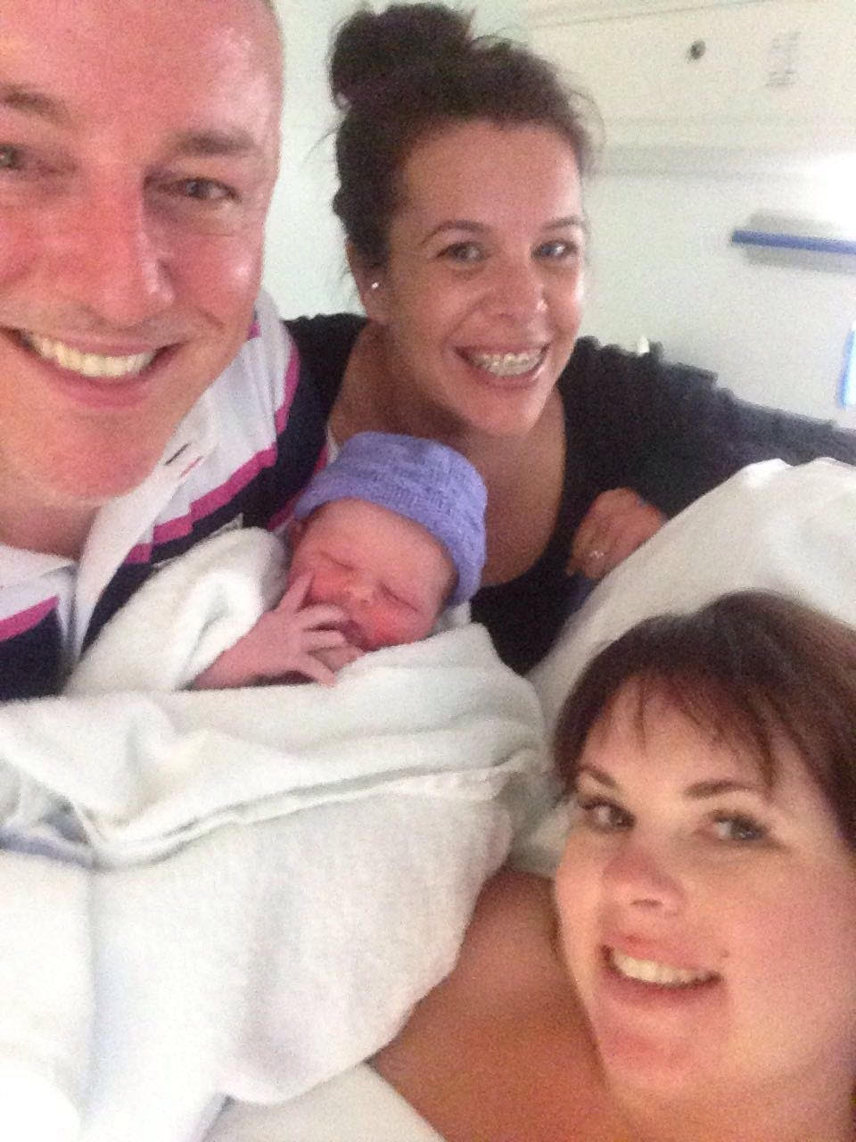 Laura's husband, Graham, and her best friend were her birth partners. Just look at those wonderful smiles - happiest of days! What a team!