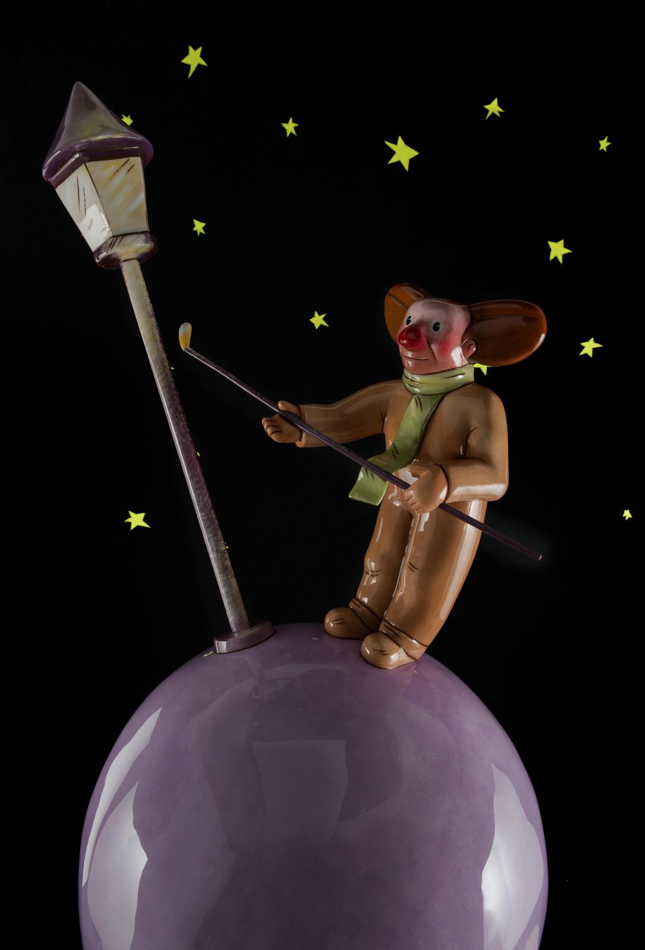 The Lamplighter   Sculpture : (WxLxH)58 x 56 x 120cm -15 Kg.