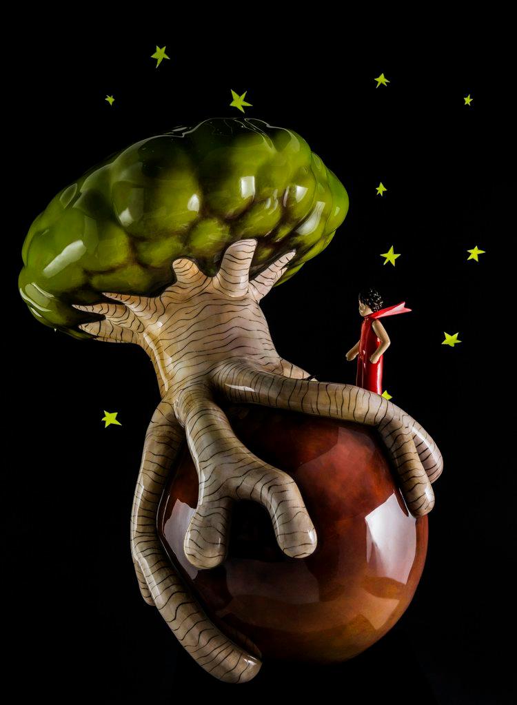 The Baobab   Sculpture : (WxLxH)80 x 101 x 105cm -31 Kg.