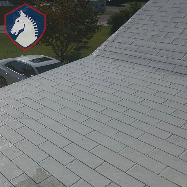 Almost finished . . #roofing #hardwork #irontonohio #ashland #ironton #hirelocal #leakyroof #huntingtonwv #roofingcompany #roofinglife #roof #constructioncompany #roofingcontractor #roofrepair #masterelite #gaf #roofingsystem #RoofingLifestyle #roofingcompanies #roofinspection #trustworthy #roofingcrew #roofingcontractors #roofingsolution #roofingdoneright #roofingseason #commercialroofing #residentialroofer #metalroof #metalroofer