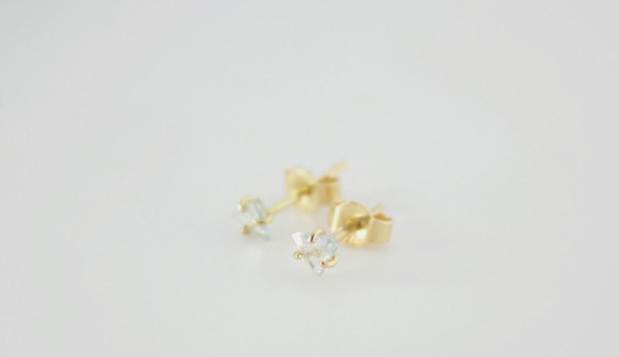 earstuds ruwe diamant.JPG