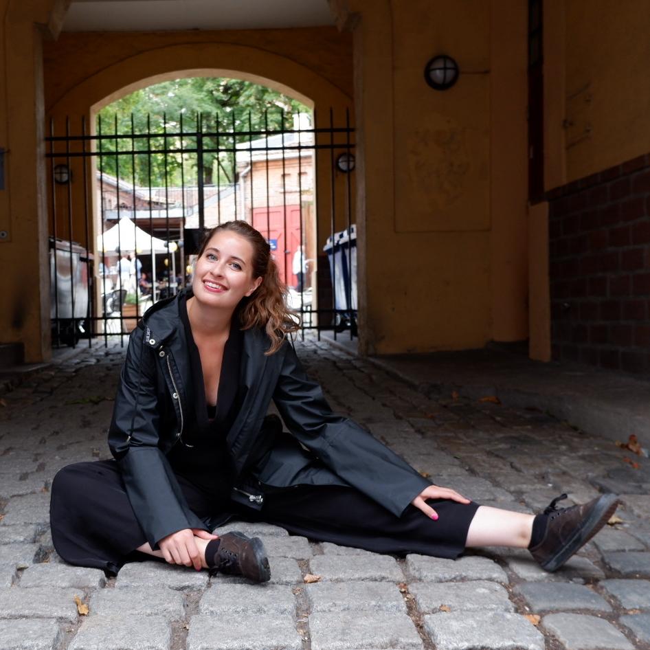 Ella Aase Anker - Podcaster, freelance radiovert og psykologistudent