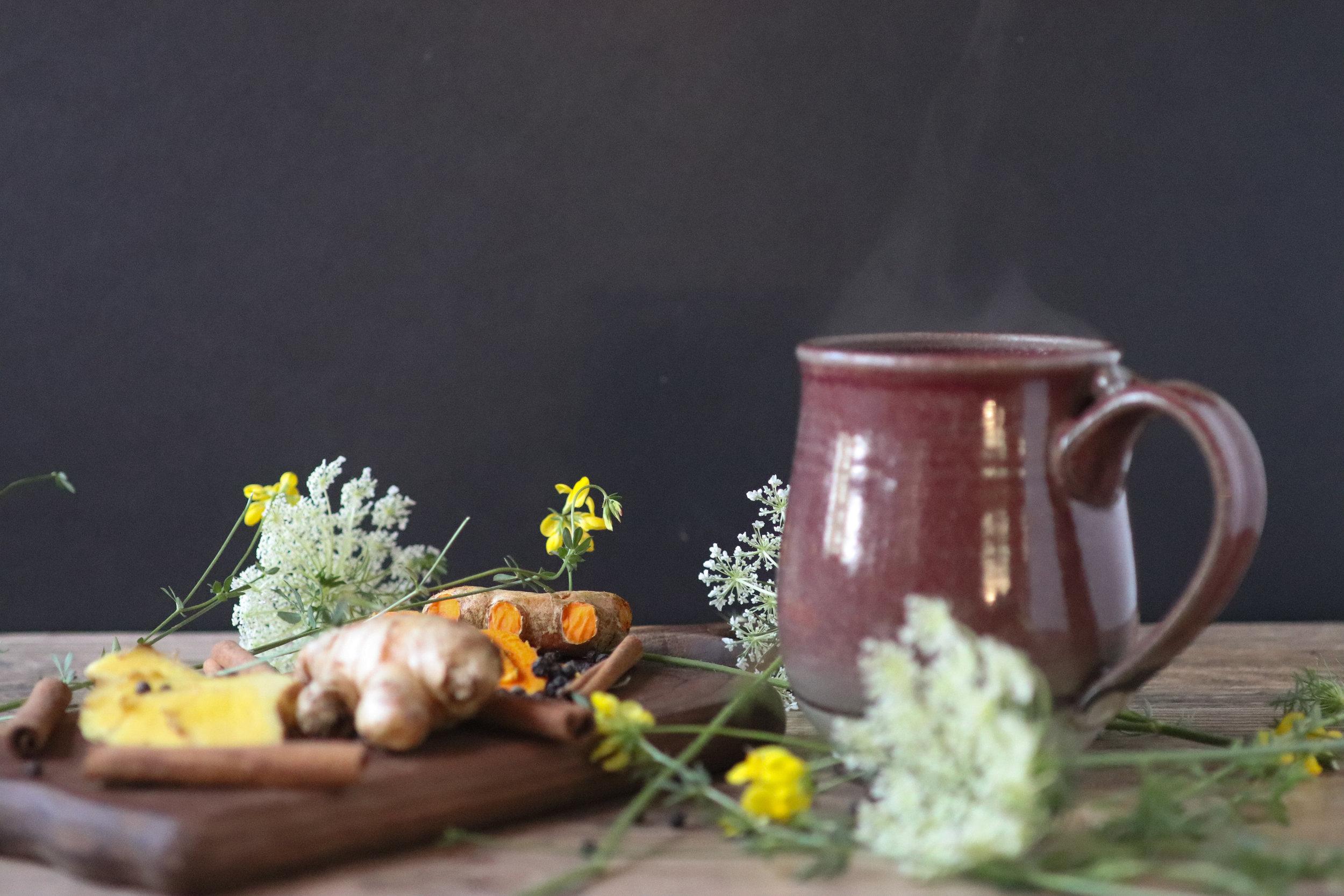 tumeric tea, adaptogen, adaptogenic tea, intro to adaptogens