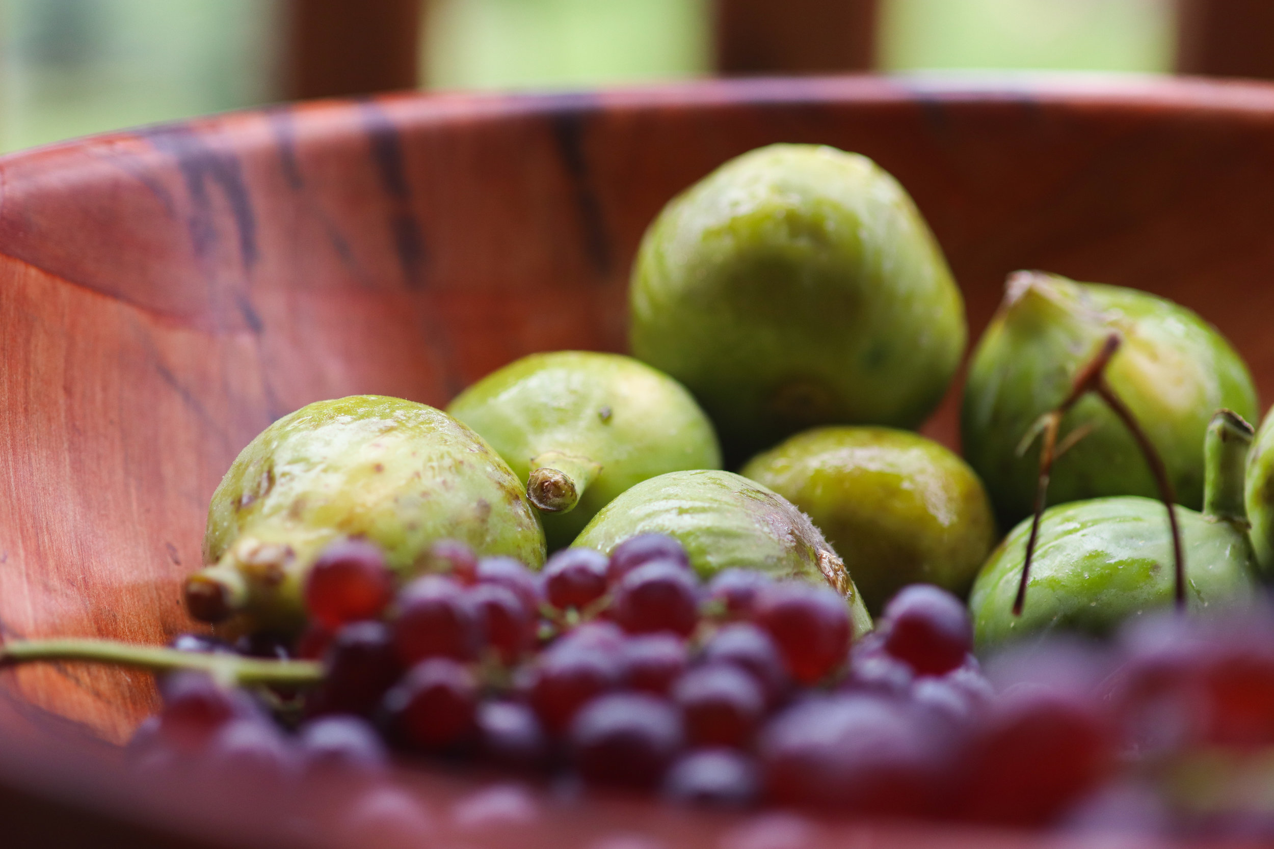 fresh figs, grapes, fruit festival, summer, vacation, fresh fruit