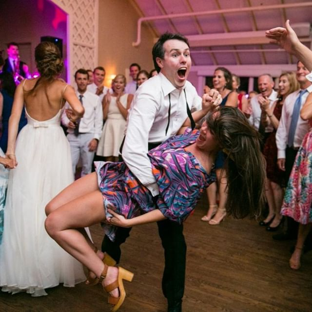 It's Friday! Are you ready to dance? 💃⠀ .⠀ .⠀ .⠀ .⠀ #itsfriday #bostonweddingphotographer #bostonweddingphotography #weddingphotography