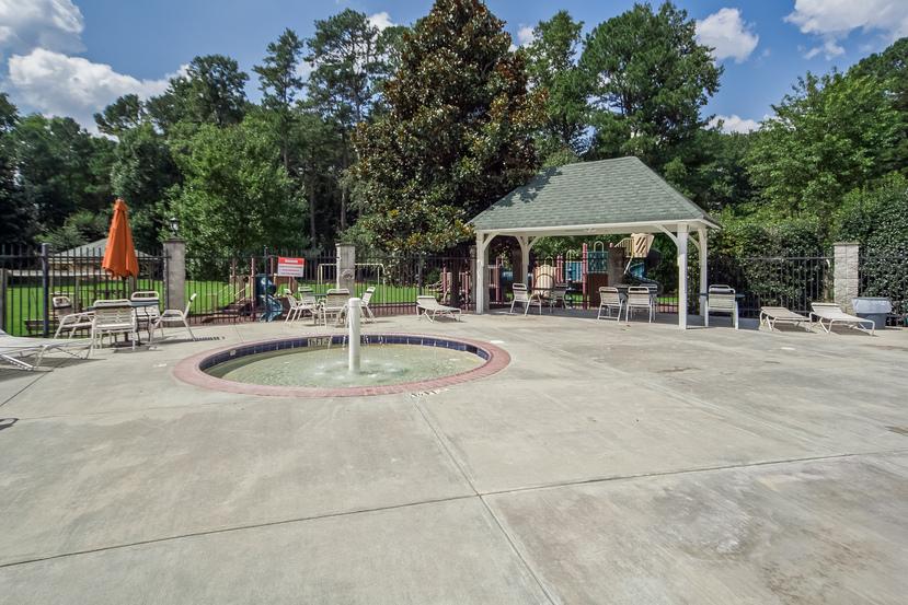 pool-p719172.jpg