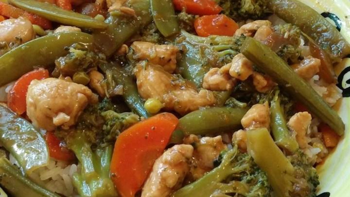 Garlic Chicken Stir Fry - From All Recipeshttps://www.allrecipes.com/recipe/8934/garlic-chicken-stir-fry/?src=VD_Summary