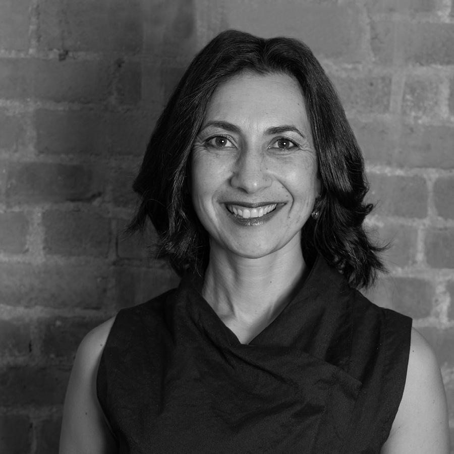Diana Vienne, Senior Partner