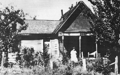 Abandoned buildings of Fort Dalles, circa 1890