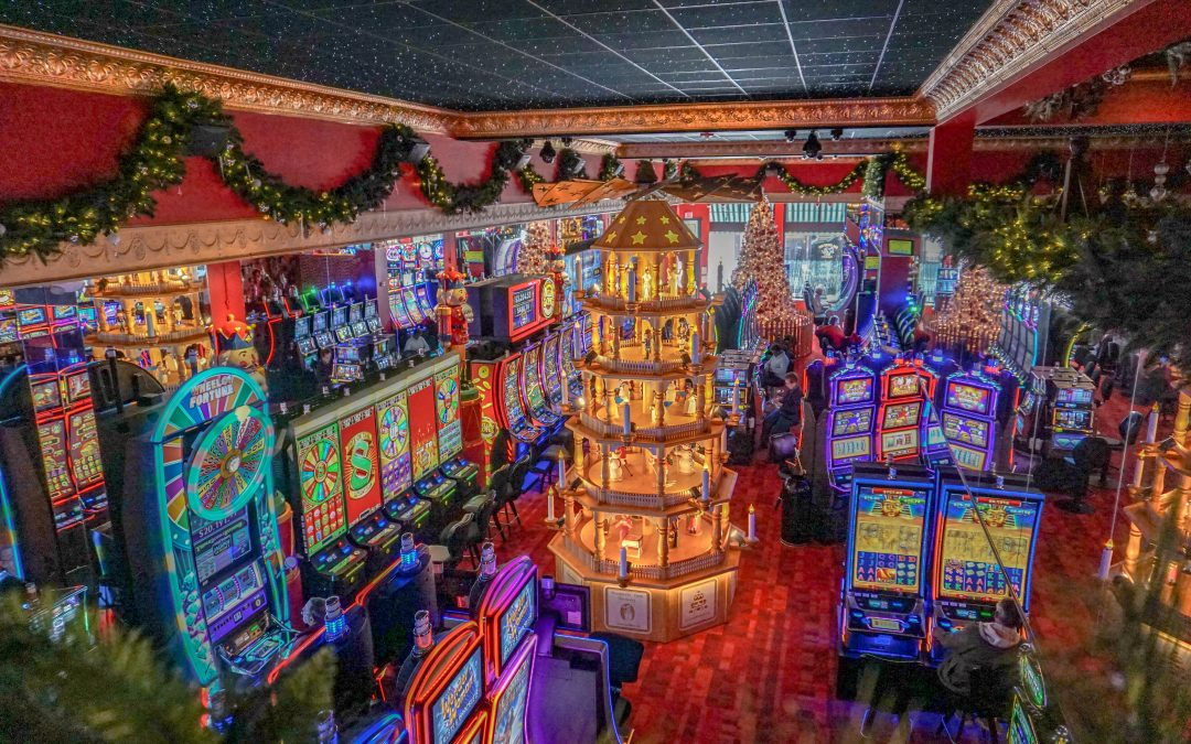 The Christmas Inn.Christmas Casino Inn At Bronco Billy S