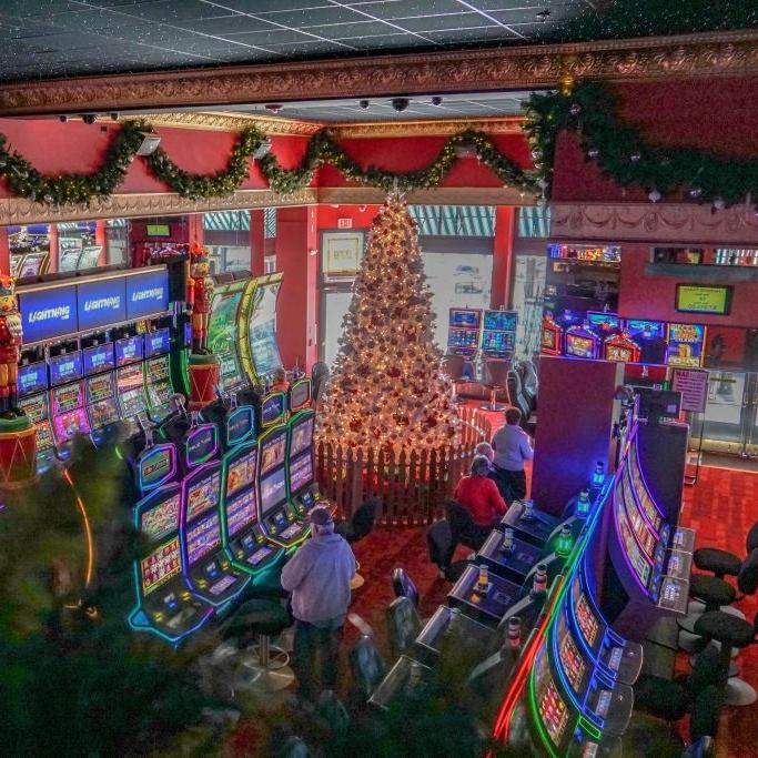 15-Foot-Christmas-Tree-in-Cripple-Creek-1024x683.jpg