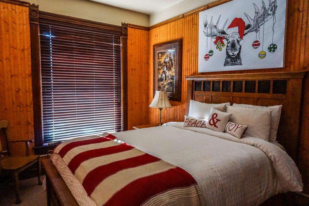 Christmas-Casino-Inn-Room-1024x683.jpg
