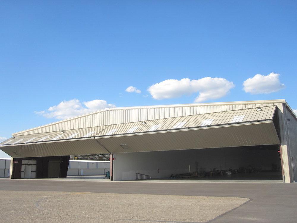 Hangar & Office Space Fullerton, California