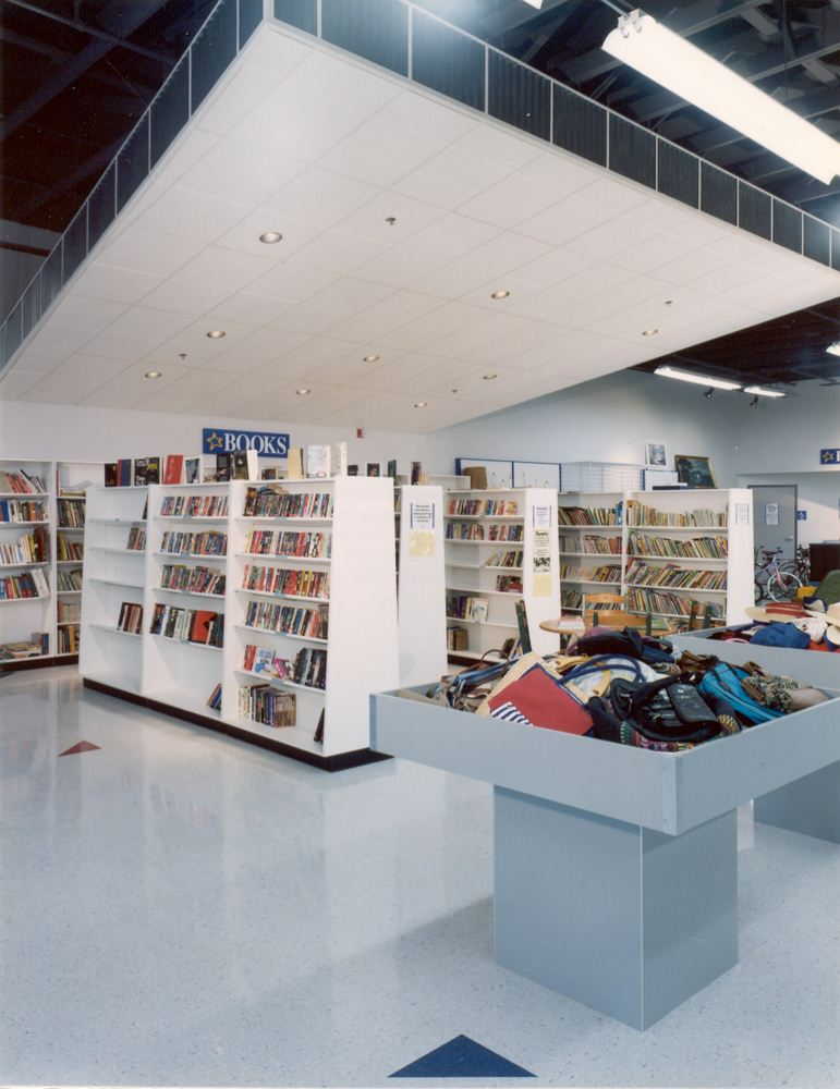 9737Goodwill Bellingham Books.jpg