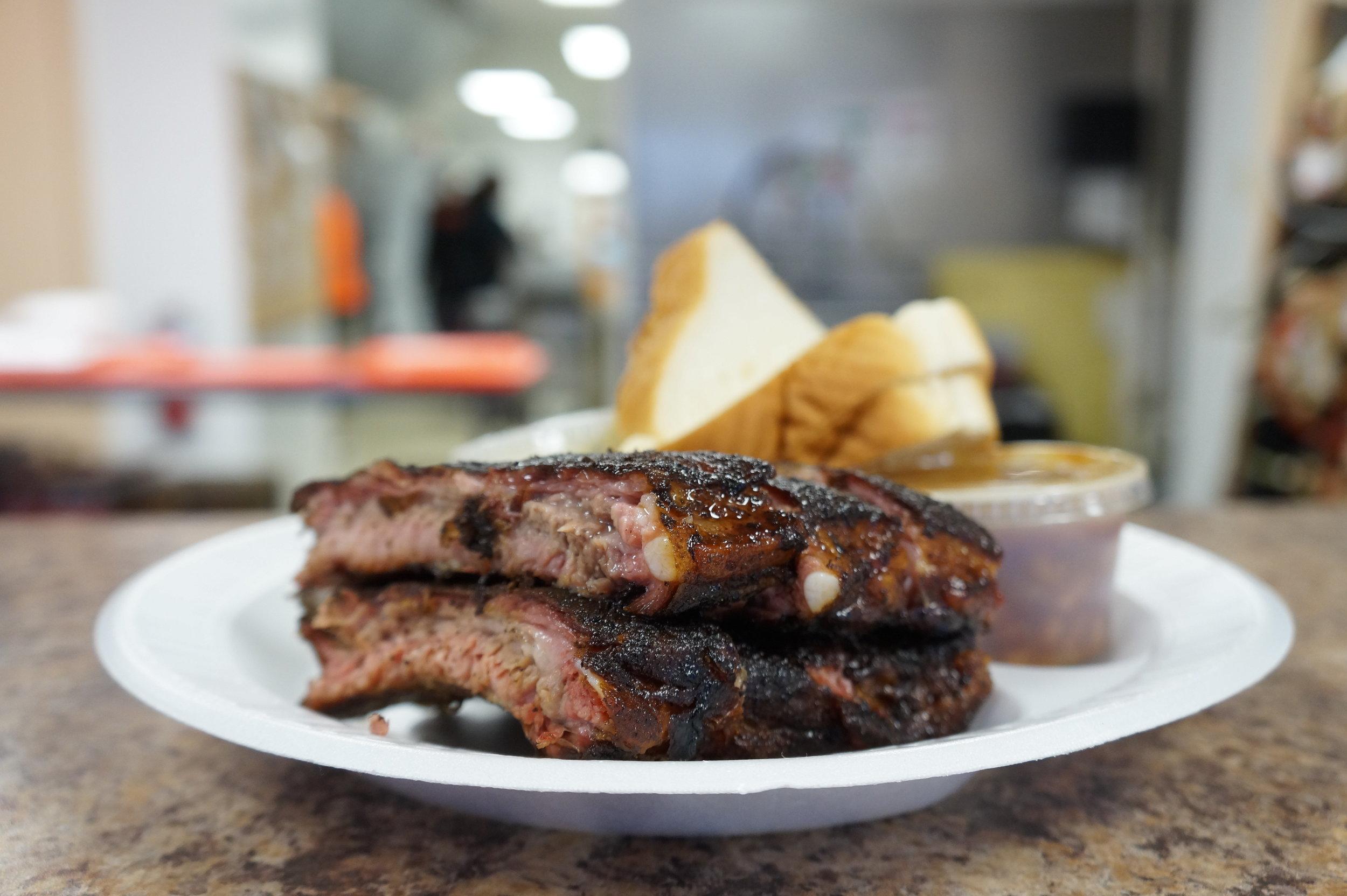 Edible-Memphis-Cozy-Corner-Eat-With-Style (19).JPG
