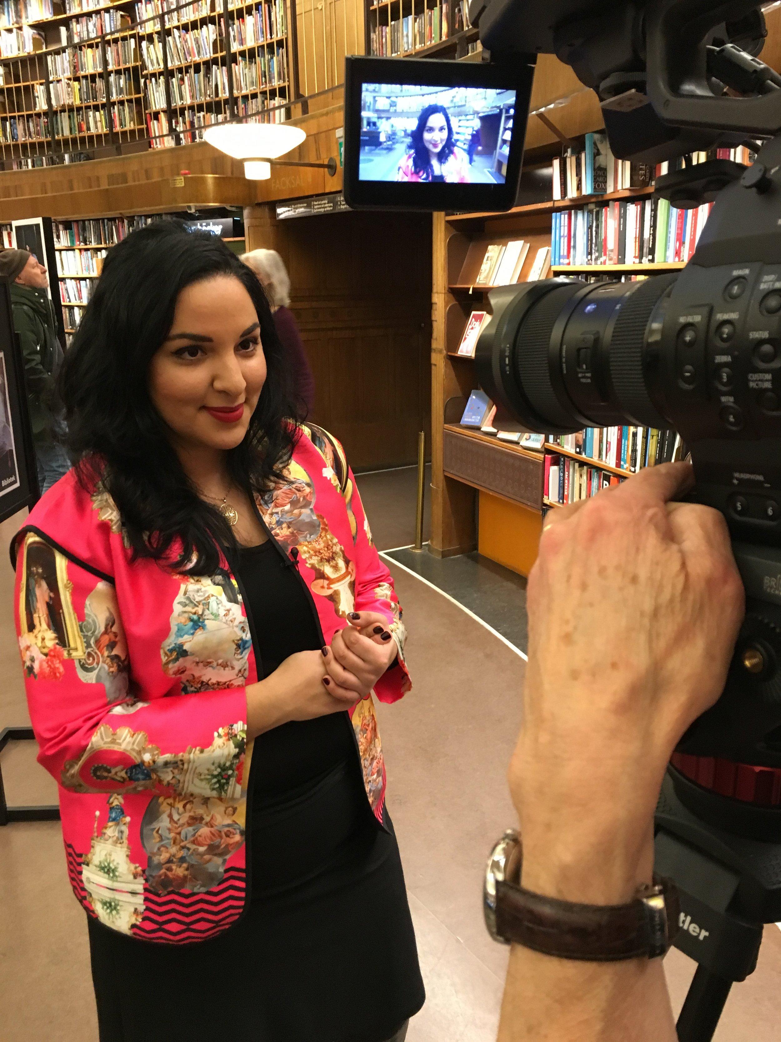 På reporteruppdrag på mitt favoritställe i Stockholm: Stadsbiblioteket!