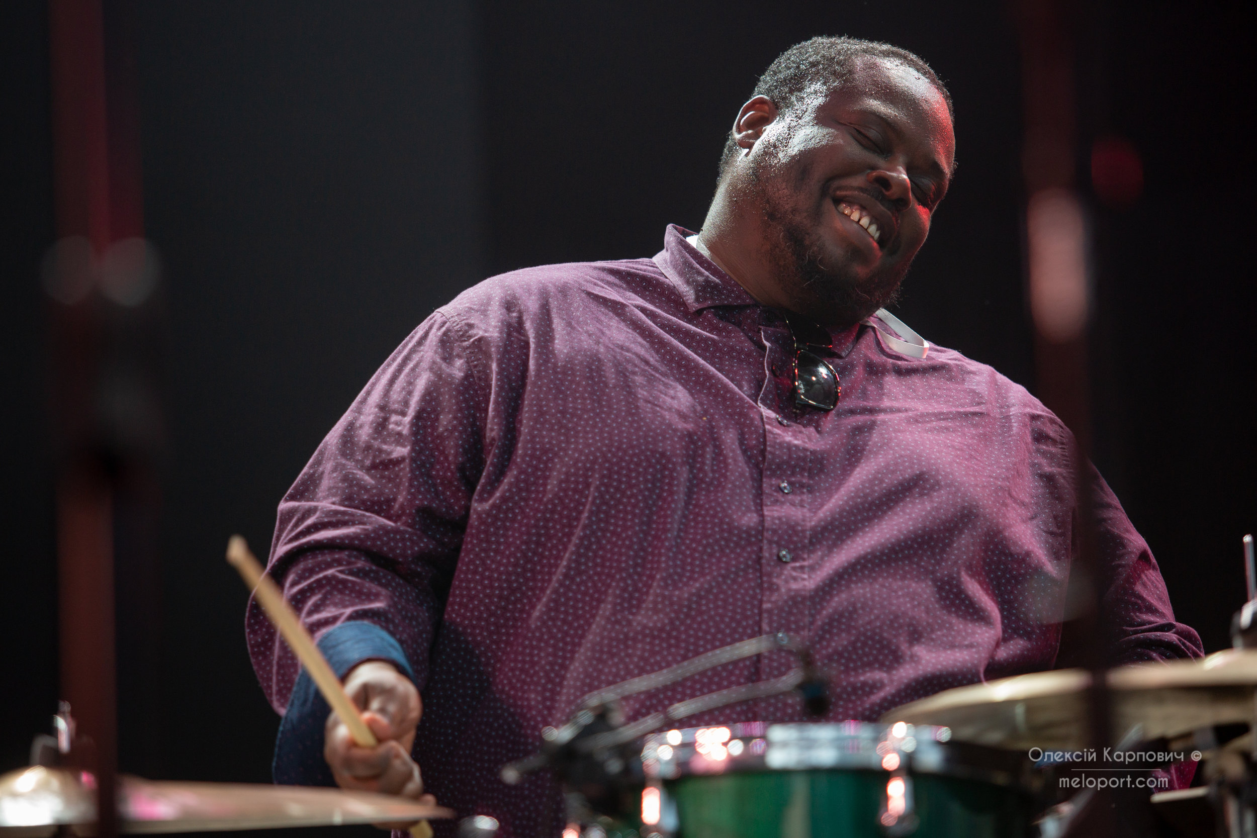 Джонатан Блейк (барабани)