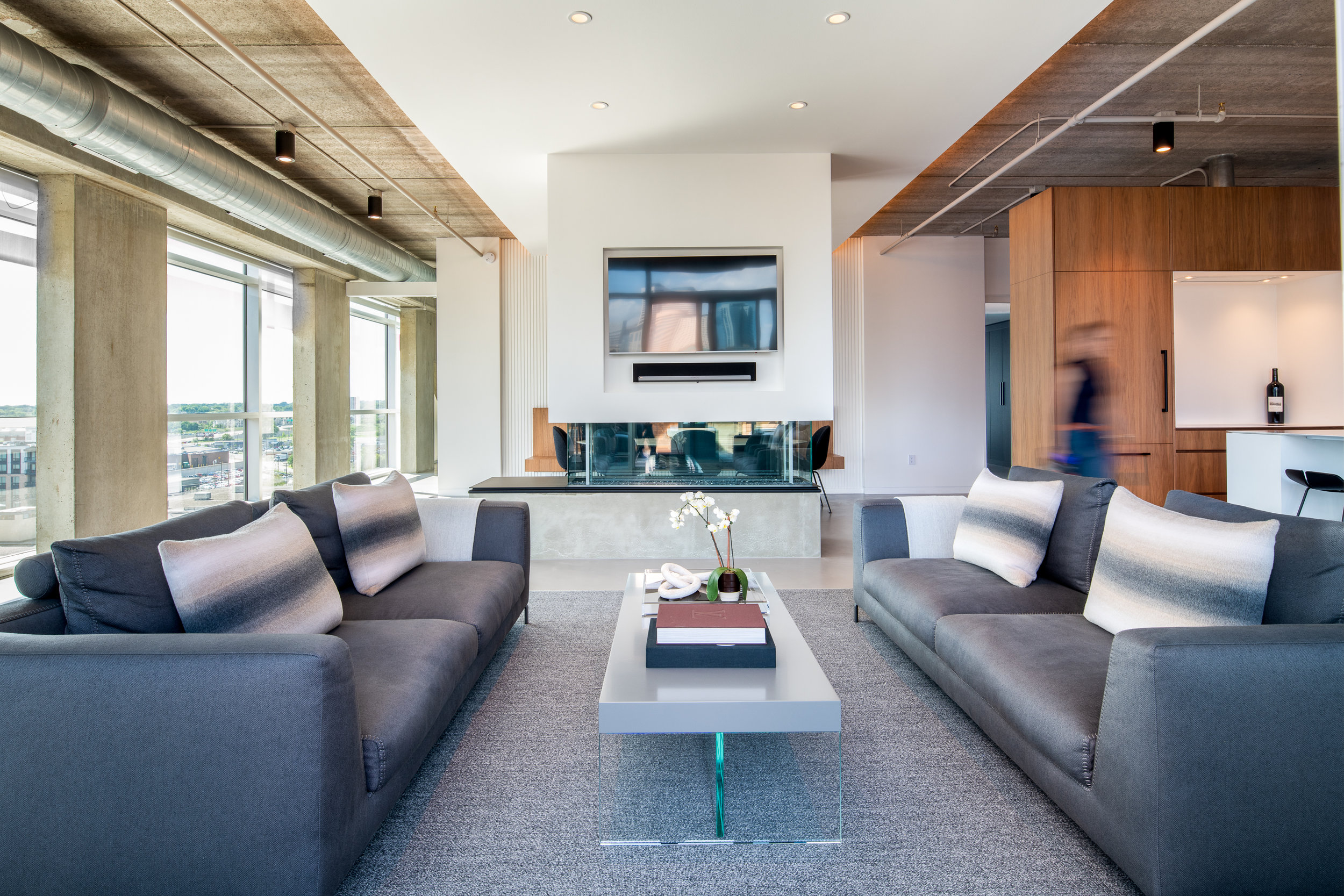 NORTH LOOP PENTHOUSE