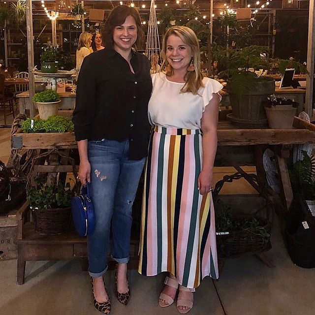 Flashback to about 1 year ago when we celebrated this dear friend's relaunch of her brand! Now I'm so excited to work with her in the spring! If you don't follow my favorite food and flower enthusiast, @huckleberry_collective, do yourself a favor and do it now! She is awesome 💚 #fetchclientlove