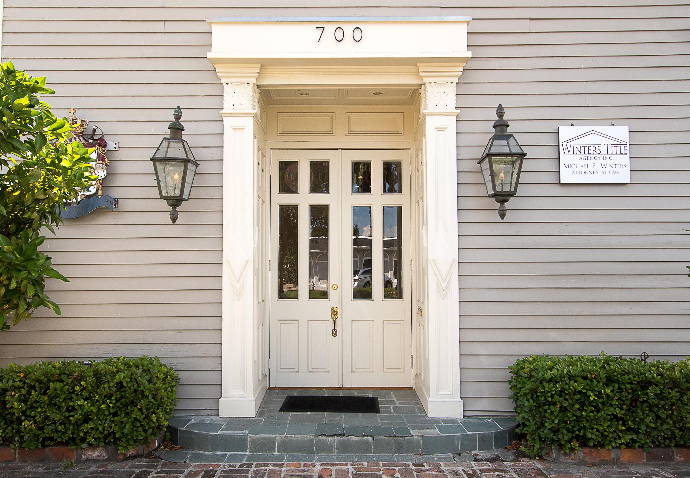 Uptown   700 Dublin  New Orleans, LA 70118