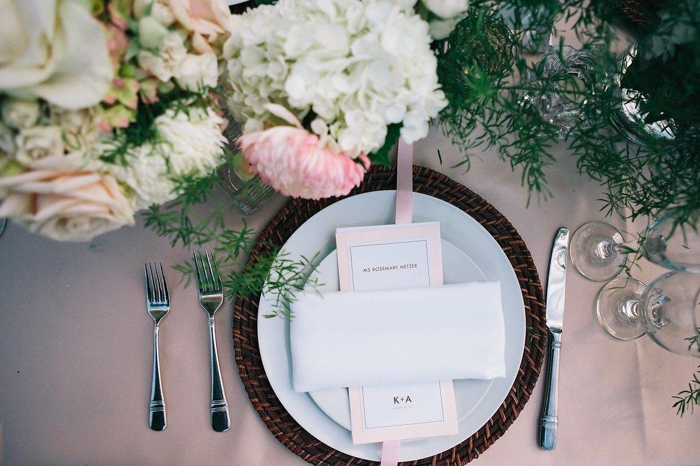 wedding reception plate setting.jpeg