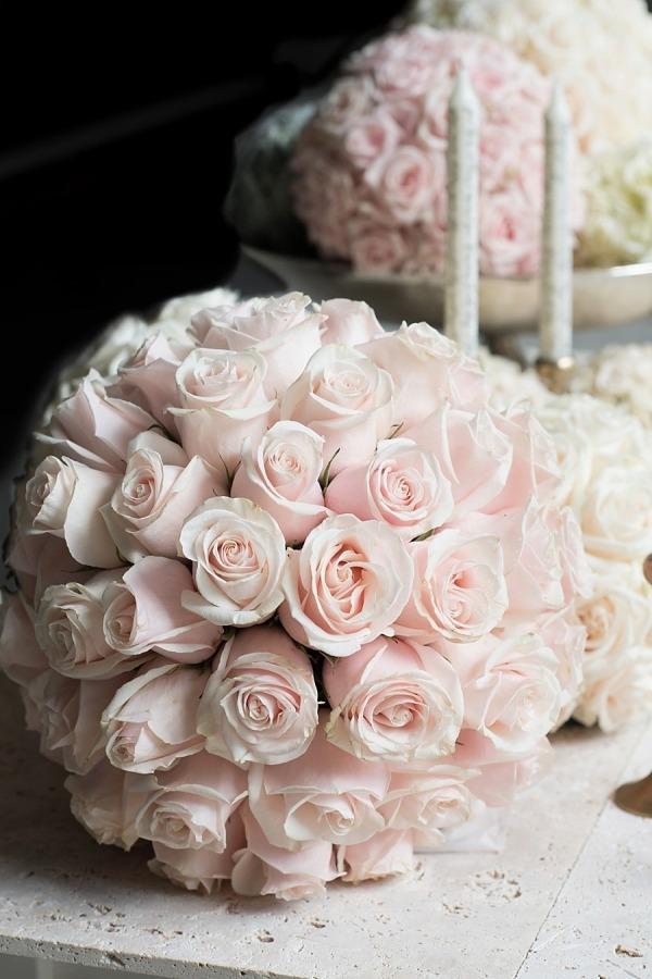 pink rose centerpiece.jpg