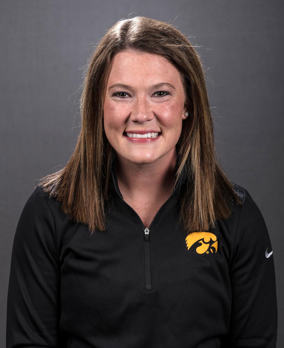 Lindsay Welker - Women's Track & Field