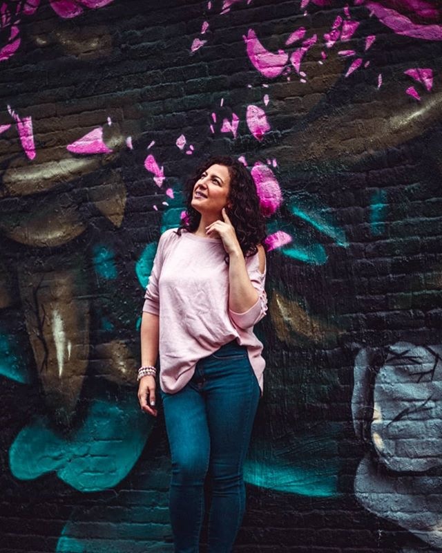When you have pink on the brain. Fun shoot with @andrea_hidasi . . #jerseycity #hobokennj #cloudyday #muralartist #modelingnj #momswithstyle #pmgridchallenge #petermckinnon #springvibes