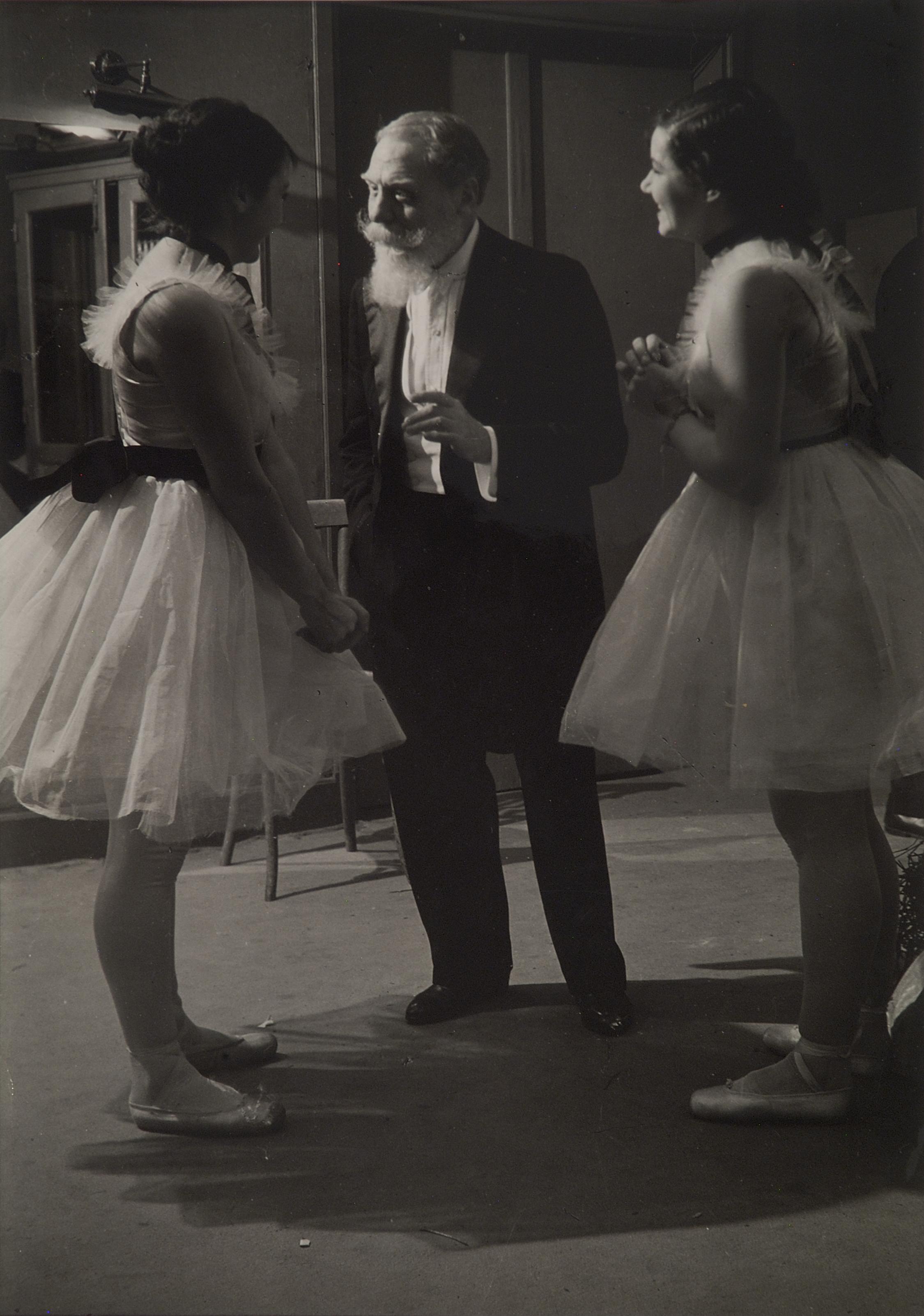 Patron of the Opera, 1937