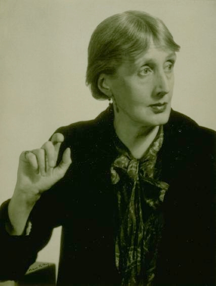 Virginia Woolf, 1935