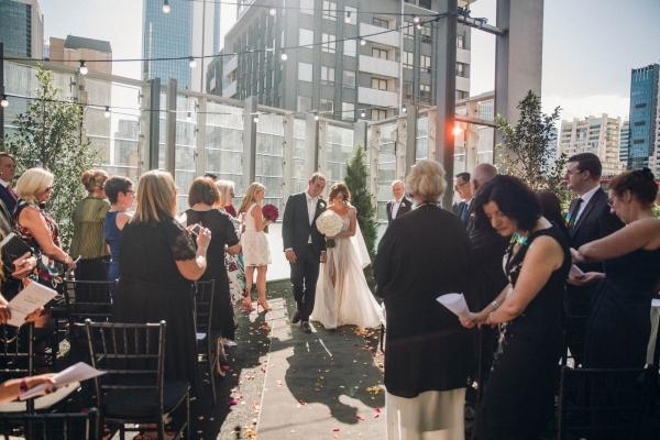 086-colourful-city-wedding-by-crystal-linter-weddings-600x400.jpg