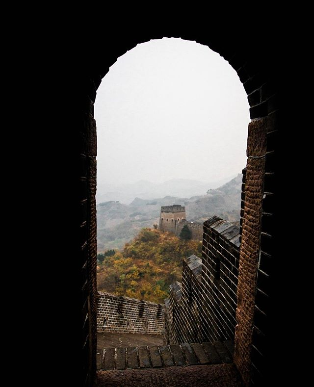 Unbound x Great Wall  Have you enjoyed learning about the Great Wall of China with us? Today we have a fun story that you may or may not already know.   🌟 𝐃𝐢𝐝 𝐲𝐨𝐮 𝐤𝐧𝐨𝐰! 🌟  The completion of the Great Wall of China is thanks to a rumor.  Emperor Qin Shi Huang is often referred as the initiator of the Great Wall. Actually it was Qin Shi Huang that first commanded the linking of the separate sections built by previous states.   After unifying central China and establishing the Qin Dynasty in 221BC, Emperor Qin Shi Huang wanted to consolidate his power and rule the country forever.   He sent a necromancer named Lu Sheng to seek for a way of immortality. After countless empty-handed returns, Lu finally brought back a 𝘳𝘶𝘮𝘰𝘳 that Qin would be overturned by the northern nomads.   Hearing that, the Emperor was so frightened that he immediately issued an order to connect the walls and extend new ramparts to guard the northern border.  Have you heard this story before? Let us know!   Tag #theunboundedworld for a chance to share your story with us.    
