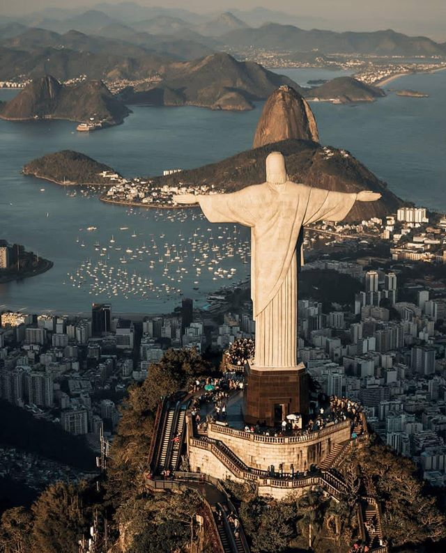 Unbound x Brazil⠀⁣⠀ ⠀⁣⠀ That's right, this week we are going to be talking about the Christ the Redeemer Statue and it's home country, Brazil! ⠀⁣⠀ ⠀⁣⠀ How many Brazilian Followers do we have?! Let us know in the comments! ⠀⁣⠀ ⠀⁣⠀ We can't wait to introduce you all to this stunning country and we are going to start with another destination quiz. Head on over to our stories today to take the quiz and we'll see tomorrow how well you all do!⠀⁣⠀ ⠀⁣⠀ Remember to tag #theunboundedworld for a chance to share your travel story with us! ⠀⁣⠀ ⠀⁣⠀ 📸 @felippevaz