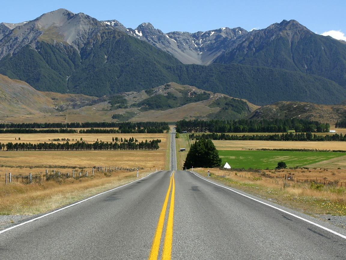 newzealandroad.jpg