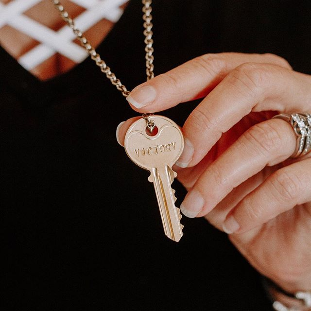 "These pictures get me 😭 every time I look at them. Each woman in my last round of PPBA (The Passion To Profit Business Academy) received a @thegivingkeys necklace with a word that would symbolize what she would need in the next season of her biz. I picked these at random and let God guide the necklace to who needed what. . I'm such a words girl and I believe in the power of the prophetic. When we chase our dreams a new identity always opens up for us. Of course we are still ""us"", just the version that's outgrown her limitations. Your new life will always cost you your old one. It takes courage to step into the new.  I don't know what word you need today but you are welcome to look at some of these and set your intention for the day.  Which one resonates with you most? Let me know in the comments. 👇🏻 . And don't forget👉🏻The Passionista Mastermind starts in 6 days! Be sure you get your application in (link in bio)  or DM me to discuss your options. Only 12 spots available for lioness women ready to up-level their biz and chase their God given dreams. Time to step into this sis 😘 . , .  #confidentwomen #confidenceiskey #confidencetips #confidencecoach #affirmations #mantras #loveyourself #spiritualentrepreneur #confidencequotes #motivationalquotes #empoweringwomen #empoweredwomen #femaleleaders #confidentgirl #buildconfidence #confidentmindset #bossmoves #slaygirlslay #passioniseverything #leadwithconfidence #confidentmindset"