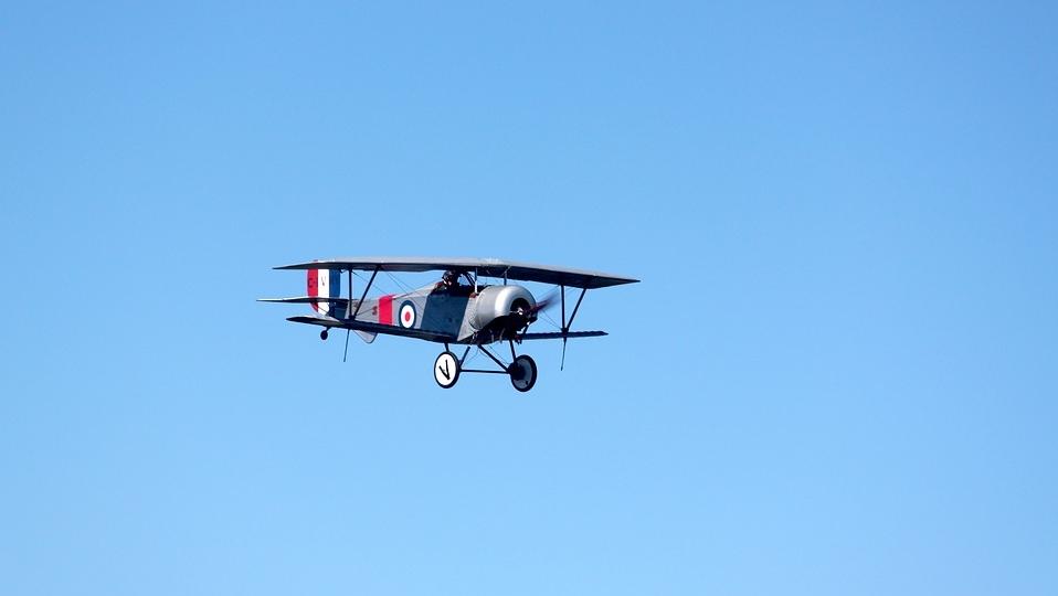 biplane-1702525_960_720.jpg