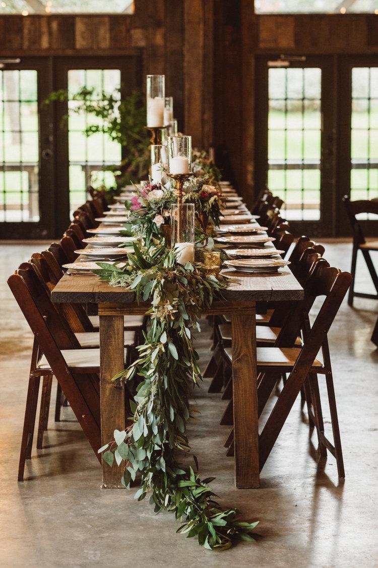the-creek-haus-petal-pushers-farm-table-garland-wedding-venue-vista-west-ranch