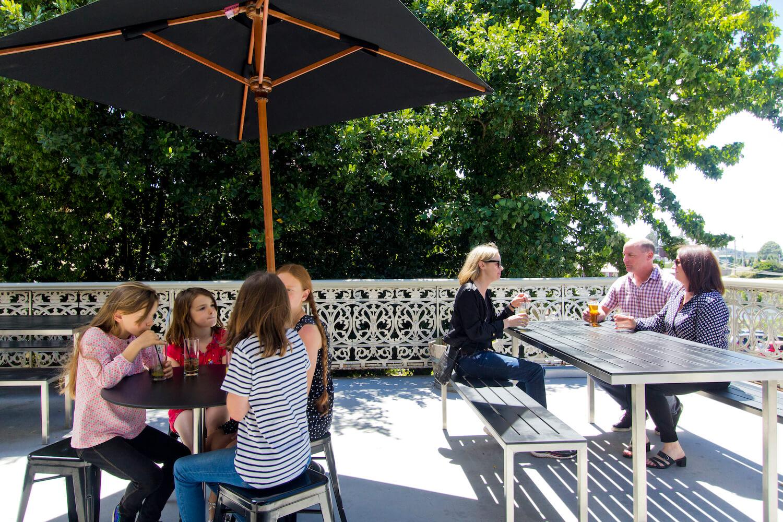 Dine in Restaurant | Deloraine Hotel