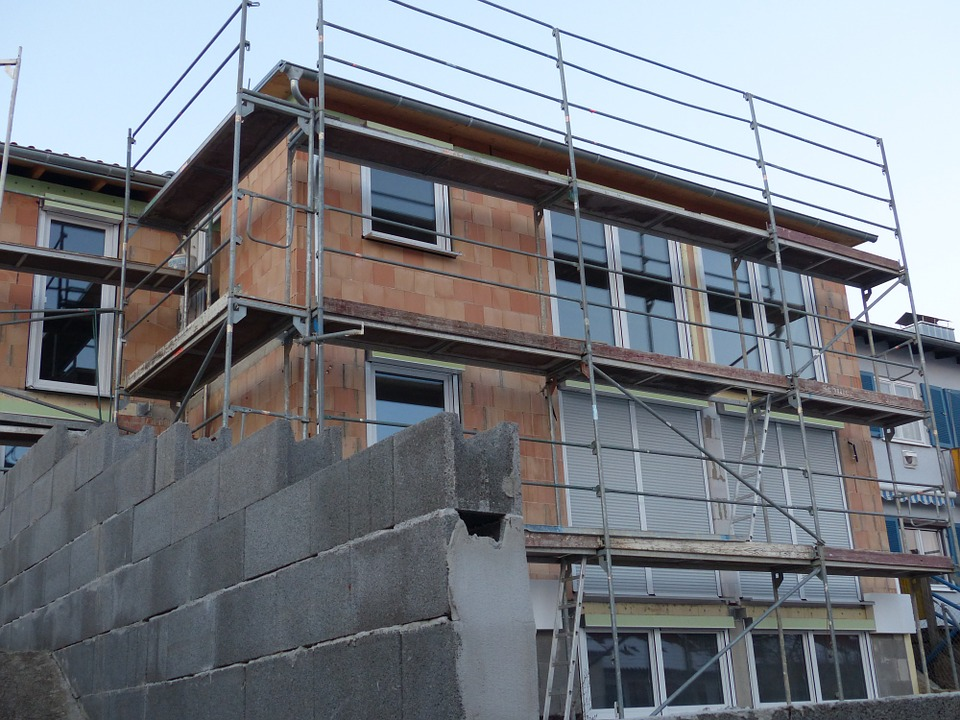 Build-Scaffold-Shell-Home-Site-House-Construction-95211.jpg