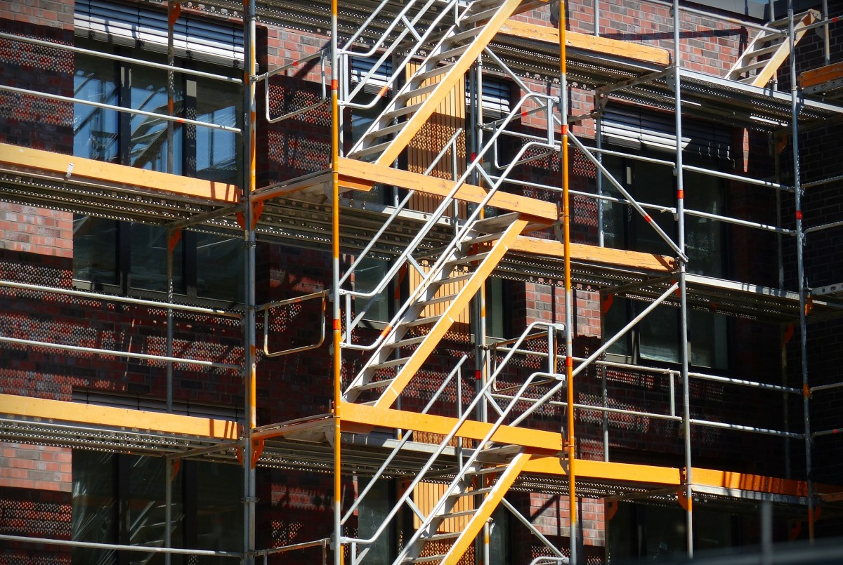 scaffold_site_scaffolding_rise_stairs_house_construction_architecture_strive-627337.jpg!d.jpg