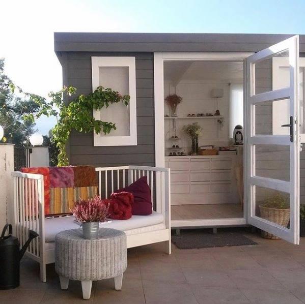 Autentico Versante Matt Chalk Paint is suitable for exteriors and Garden Furniture. No wax required.