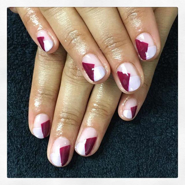 • G e o m e t r i c 🔻 created by Chiara • . . . . . . . #rachaelandco #cnd #shellac #shellacnails #shellacmanicure #nailart #nails #naillove #naillounge #nailslondon #londonnails #geometricart #liverpoolstreet #aldgateeast #spitalfields