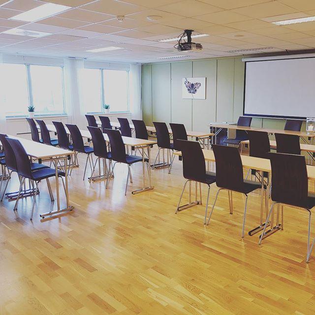 Dagens kurs! 🥐🍓☕️ #Møterom1 #Pensjon #kurs