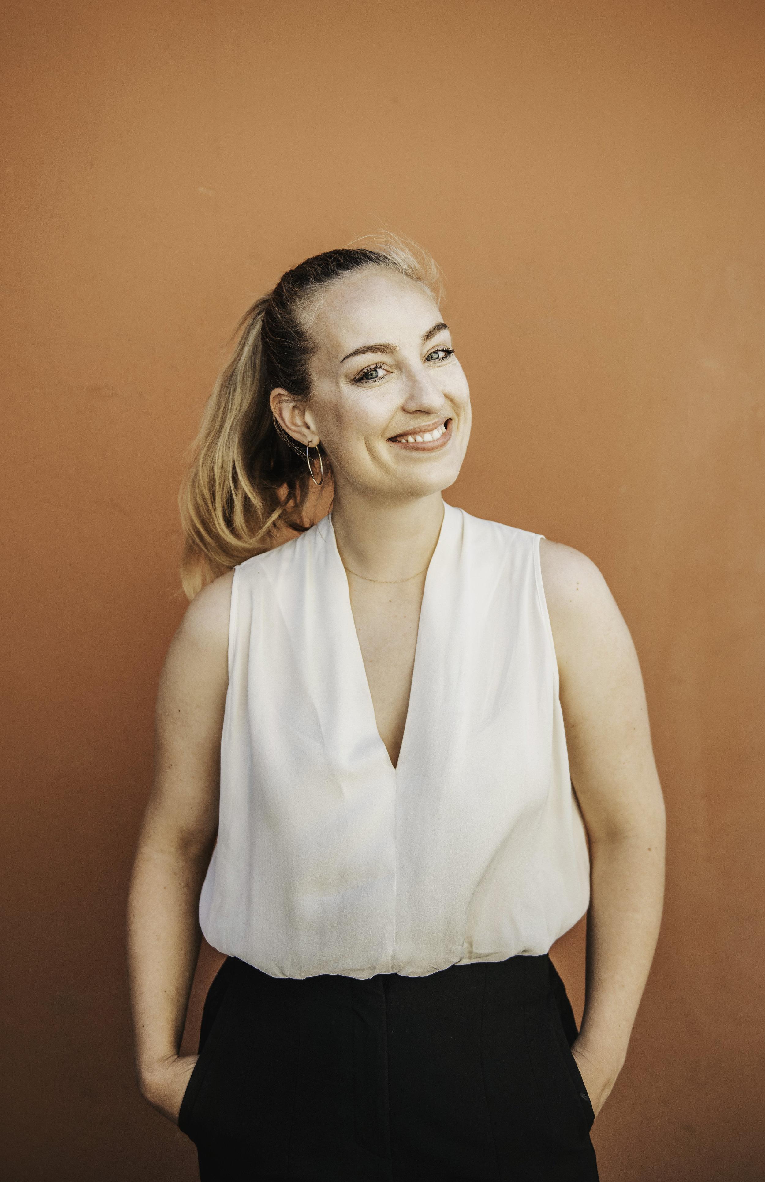 SARA BRINK LARSEN  Kommunikationsrådgiver og projektleder