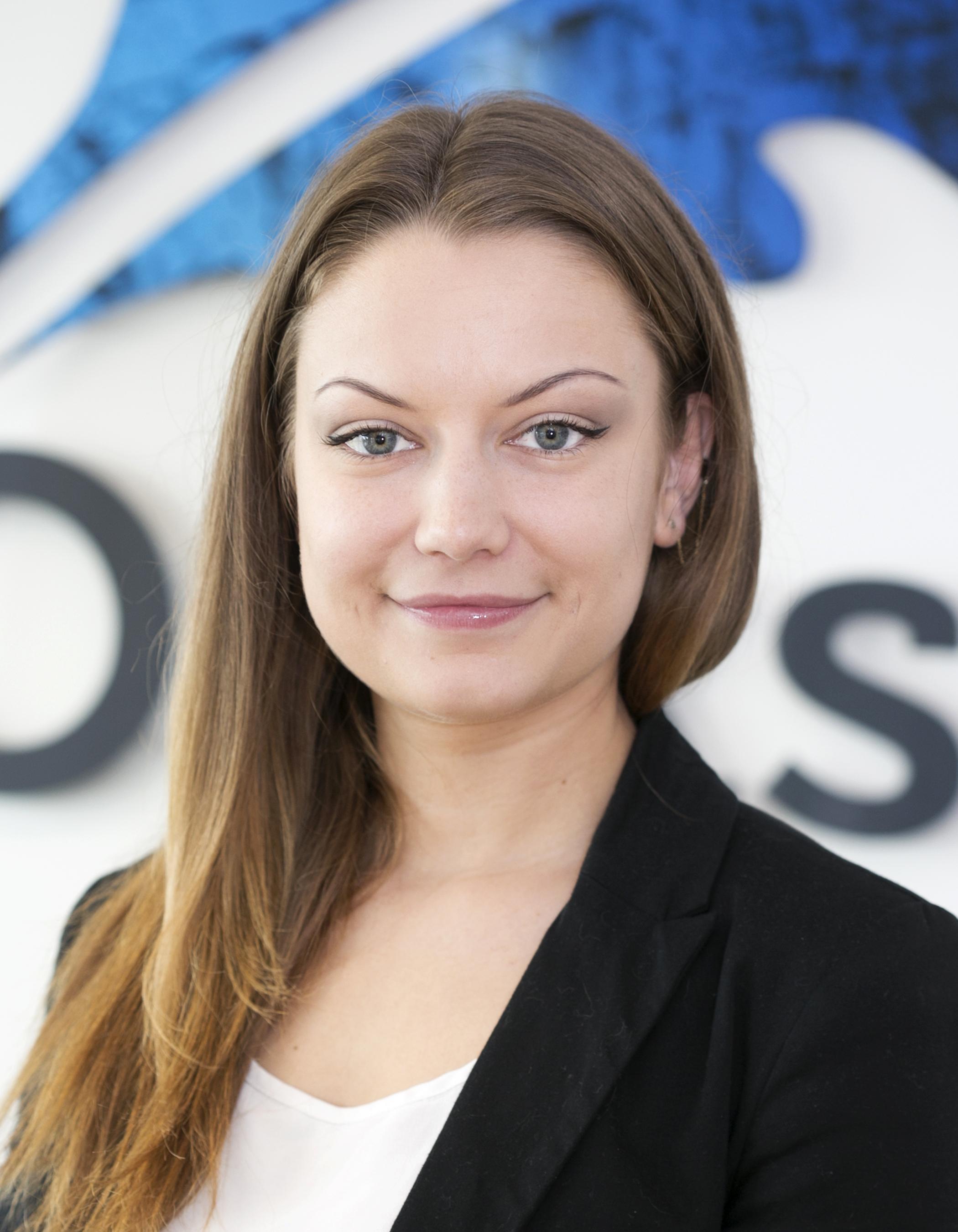 Oakstone international Paulina - Oakstone Office Manager