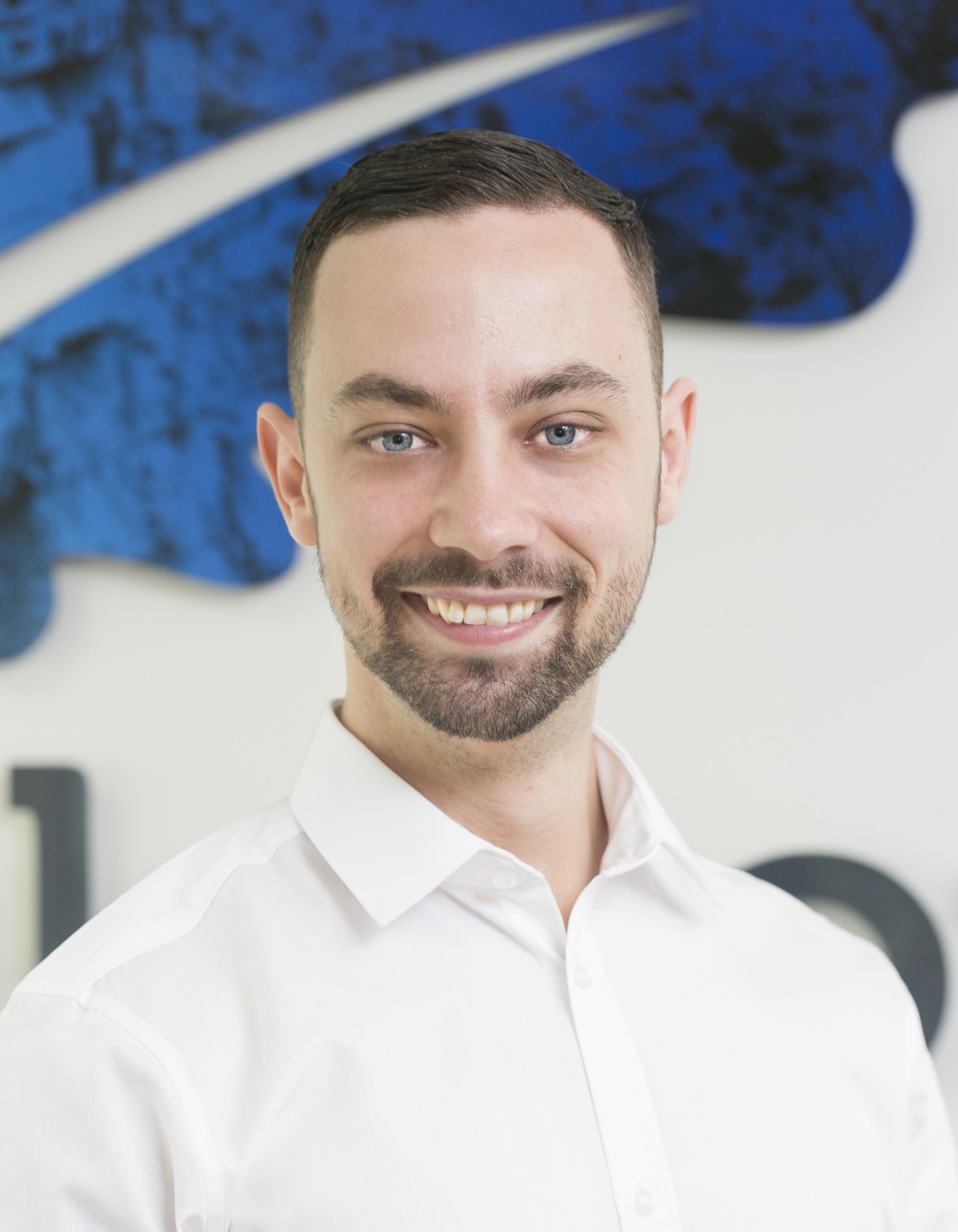 oakstone international executive search mike nicholls